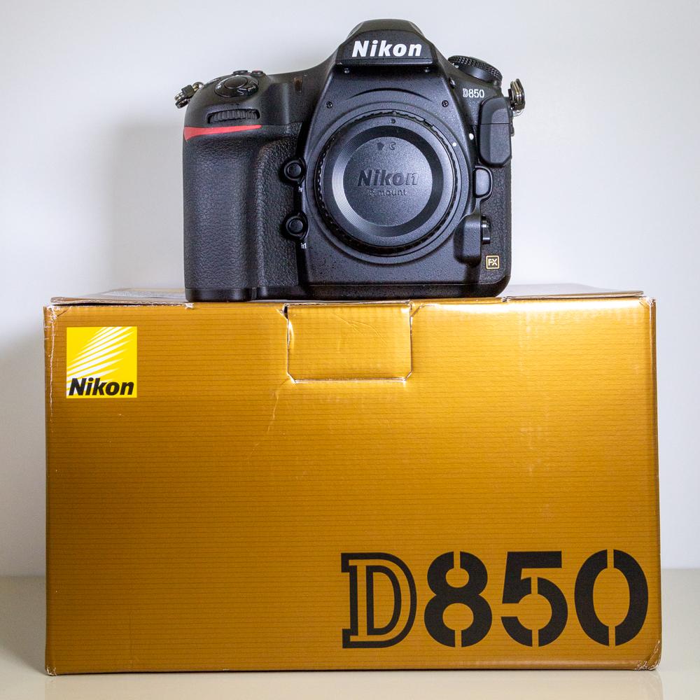 Nikon-D850-Box